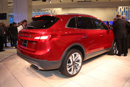 lincoln-mkx-bw-5_1200
