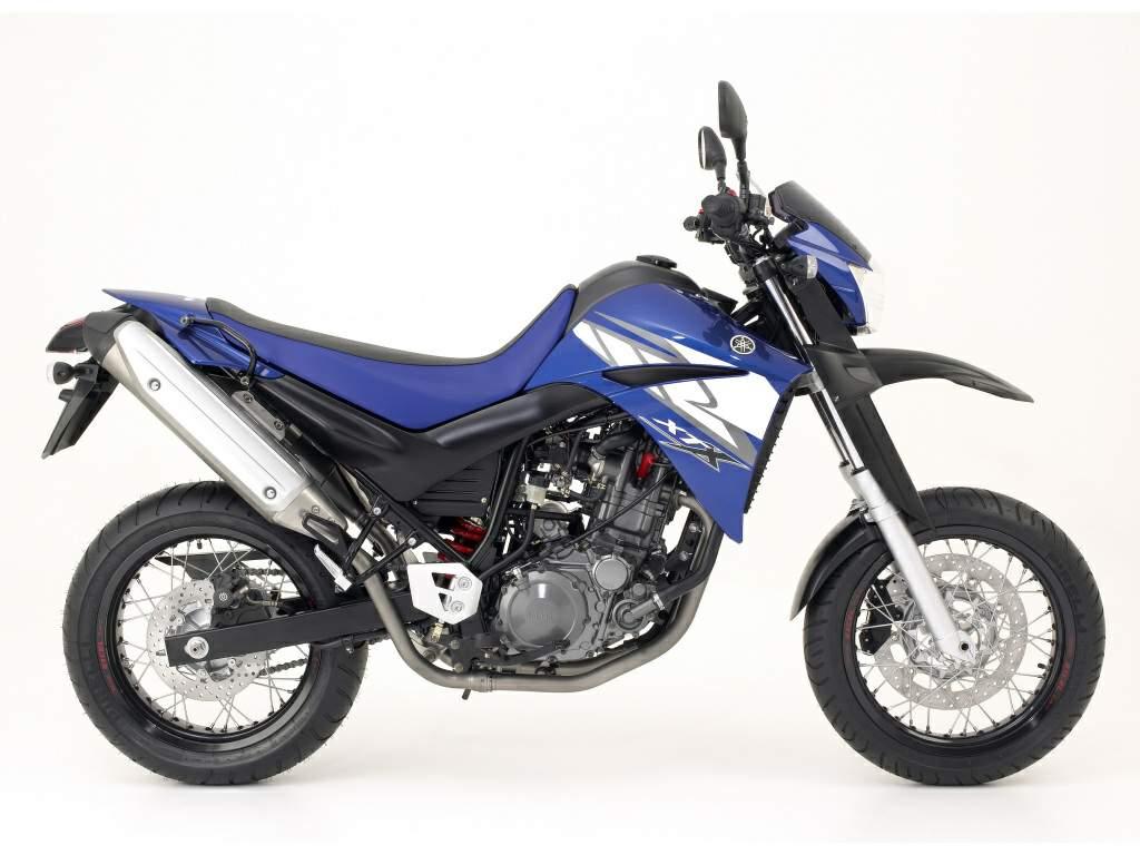 Yamaha R Tyre Size