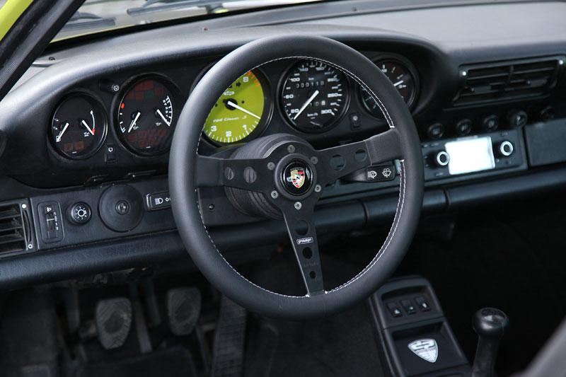 DP-Motorsport-964-Porsche-911-Classic-S-1