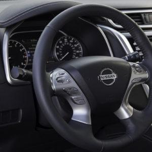 Nissan Murano volante