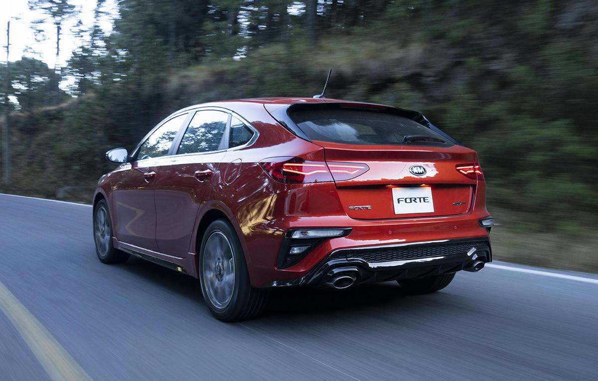 Kia Forte Hatchback >> Kia Forte GT Hatchback, con genes de deportivo - CarGlobe